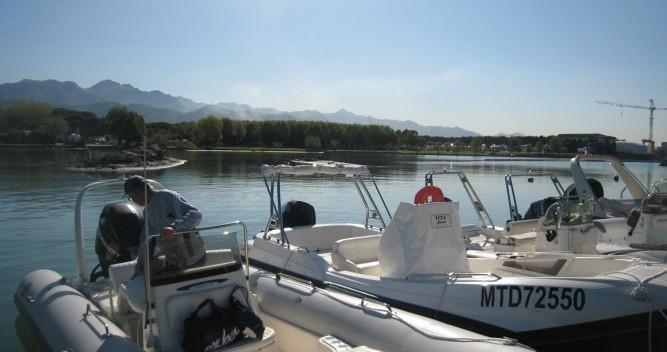 Location bateau Zodiac Medline II à La Grande-Motte sur Samboat