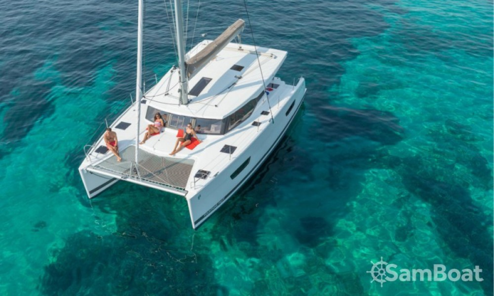 Hire Catamaran with or without skipper Fountaine Pajot Cannes