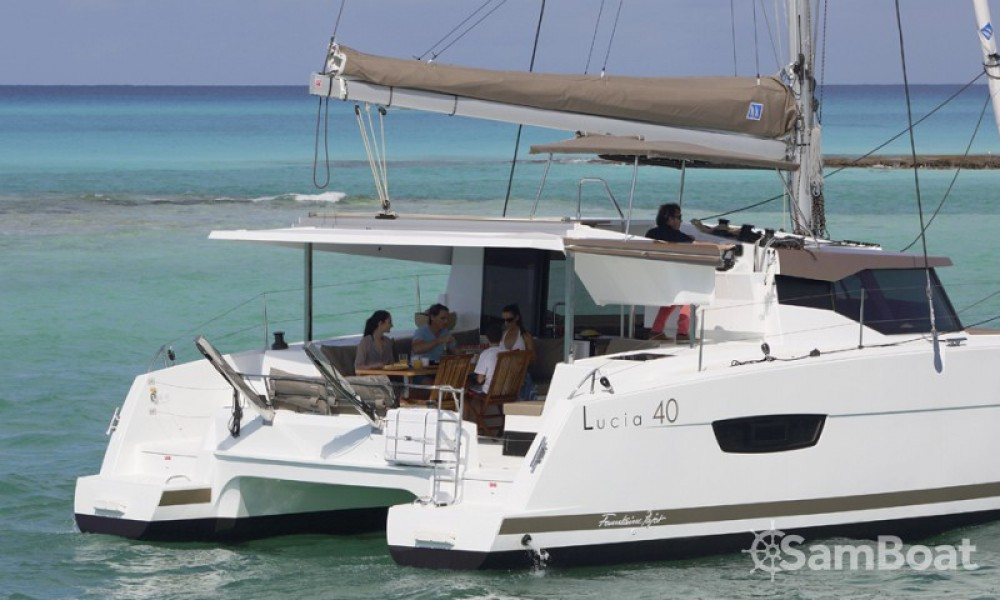 Boat rental Fountaine Pajot Lucia 40 in Cannes on Samboat