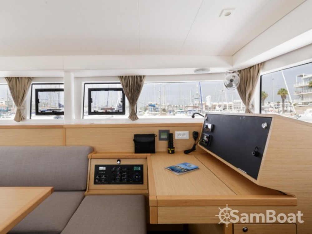 Location yacht à Μαρίνα Αλίμου - Lagoon Lagoon 400 S2 sur SamBoat