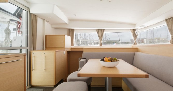Catamaran for rent Μαρίνα Αλίμου at the best price