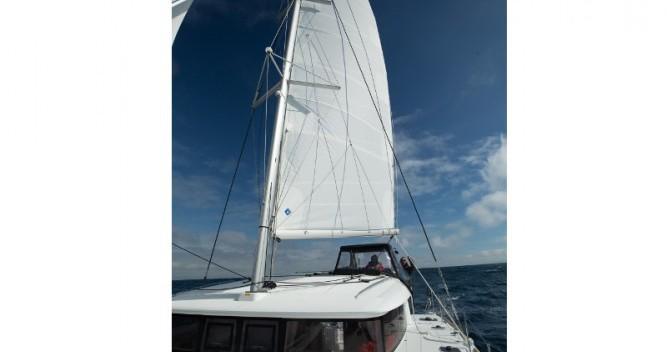 Rental Catamaran in Μαρίνα Αλίμου - Lagoon Lagoon 400 S2