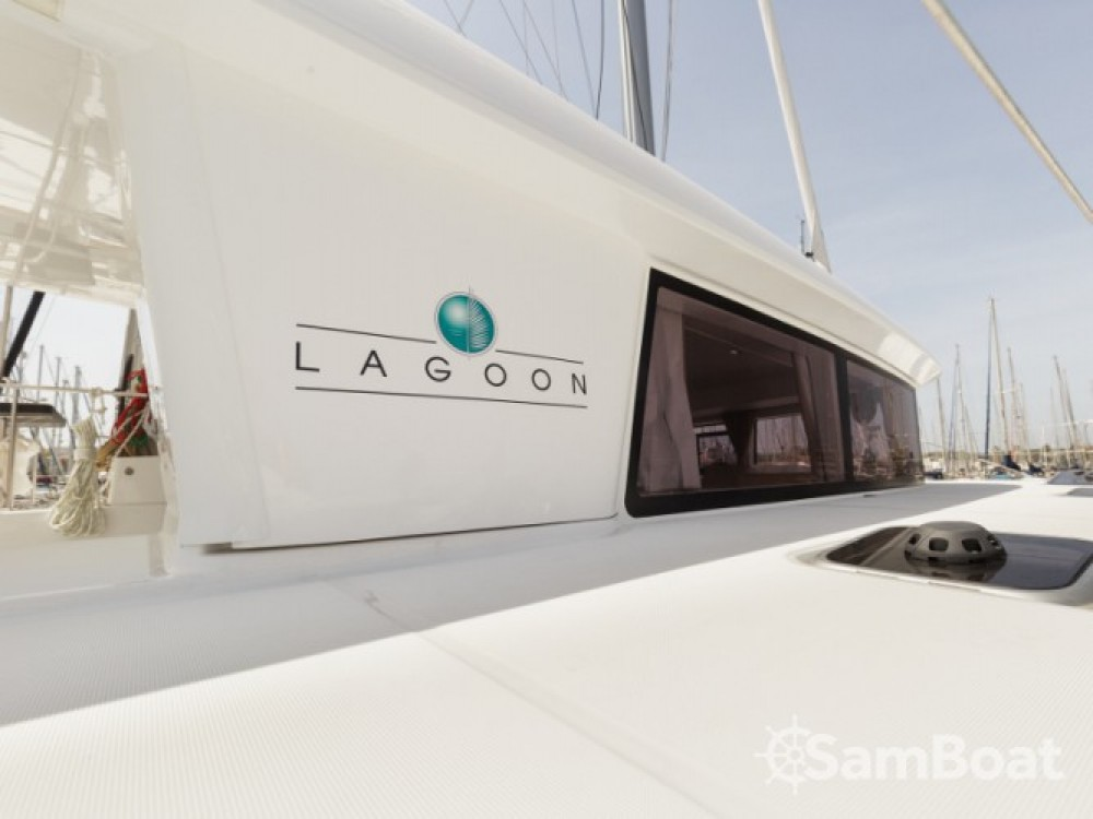 Hire Catamaran with or without skipper Lagoon Μαρίνα Αλίμου