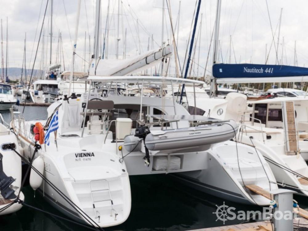 Lagoon Lagoon 380 zwischen Privatpersonen und professionellem Anbieter Marina de Alimos