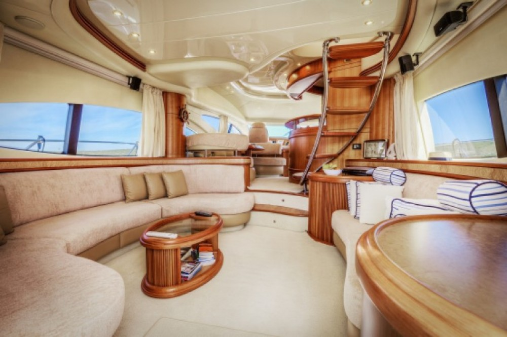Motorboot mit oder ohne Skipper Azimut-Benetti-Yachts mieten in Split