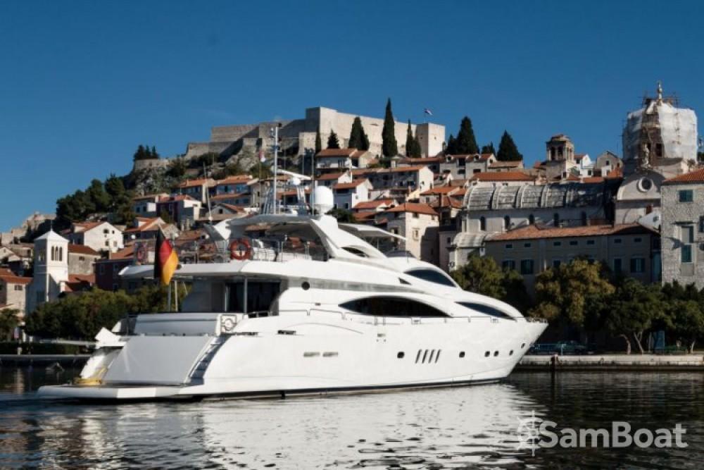 Bootsverleih Split günstig Sunseeker Yacht 105