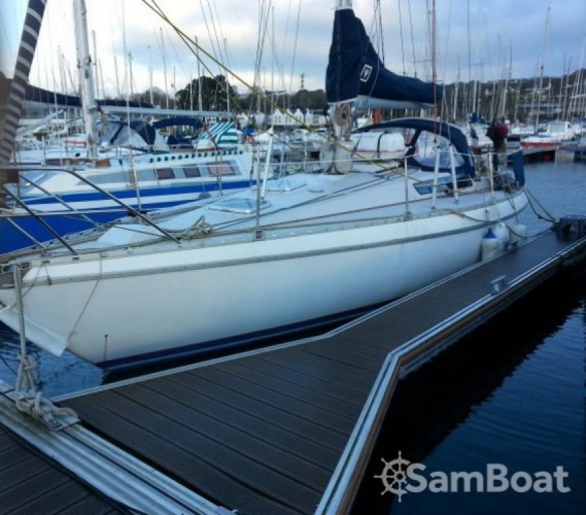 Boat rental Brest cheap Melody