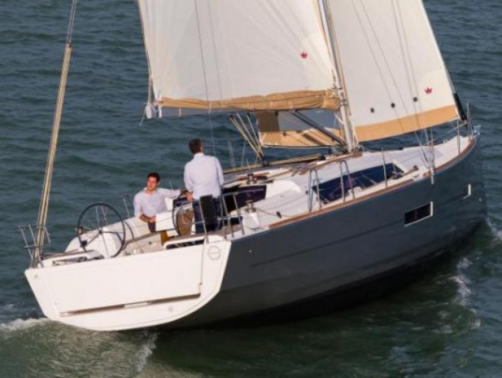 Boat rental Dufour Dufour 382 Grand Large in Tonnarella on Samboat