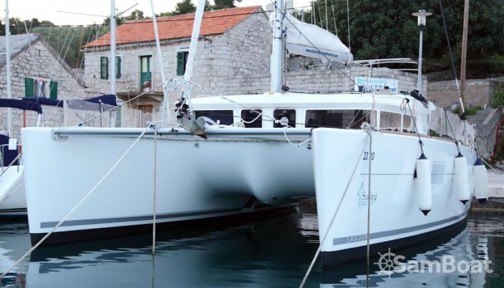 Rental yacht Rogač - Lagoon Lagoon 400 on SamBoat