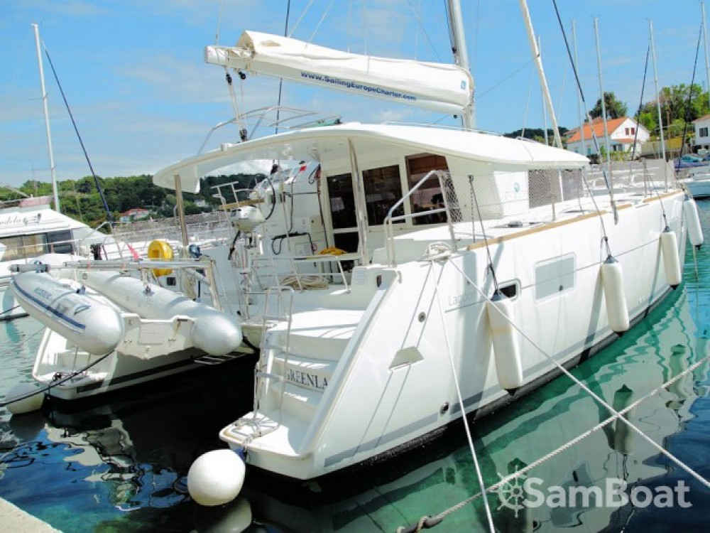Hire Catamaran with or without skipper Lagoon Rogač