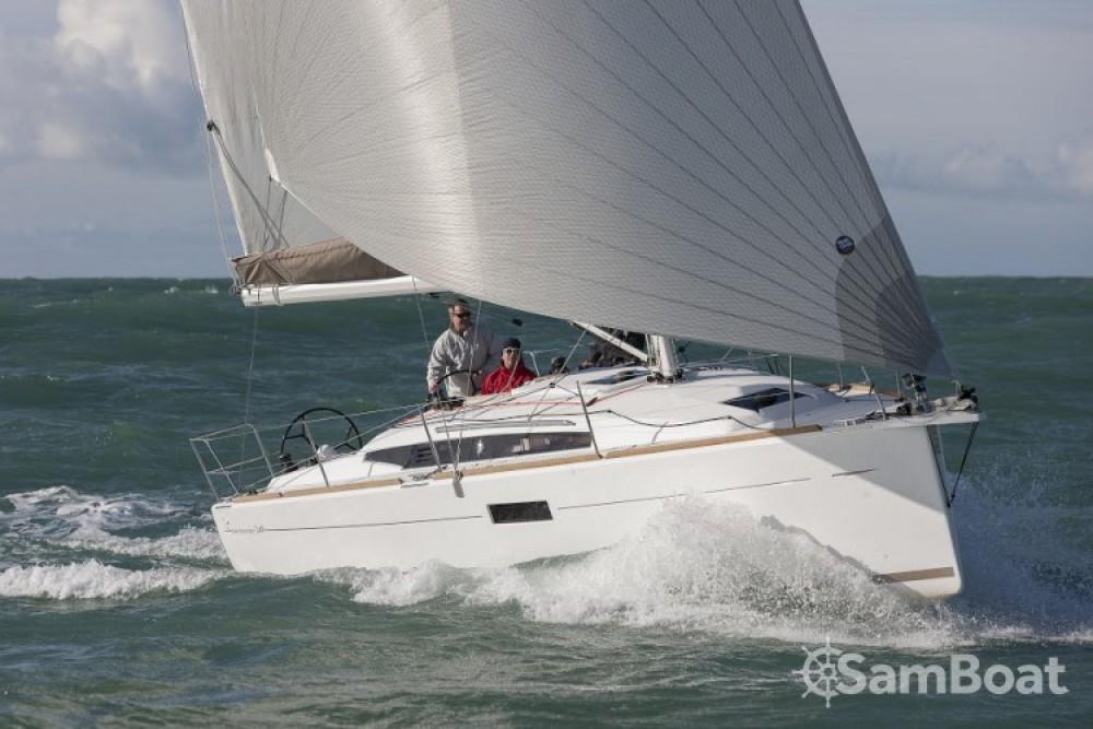 Location bateau Jeanneau Sun Odyssey 349 à Rogač sur Samboat