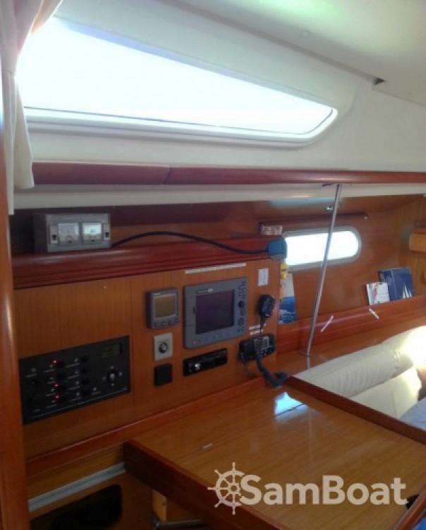 Rental yacht Lefkada - Jeanneau Sun Odyssey 39i on SamBoat