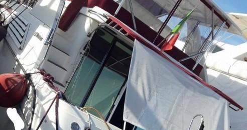 Location Bateau à moteur Cruisers-Yachts avec permis