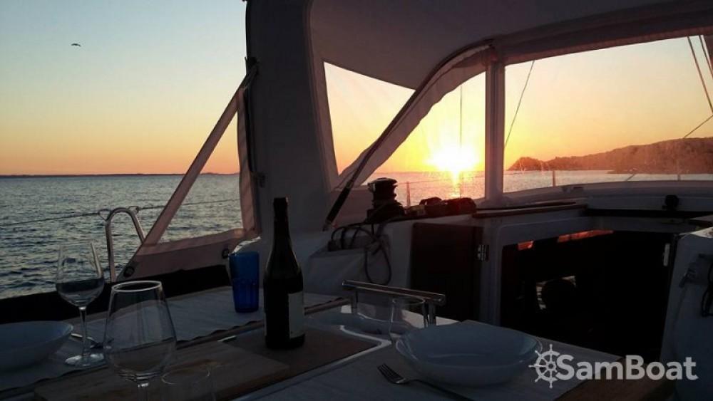 Rental yacht Arzal - Bénéteau Oceanis 38 on SamBoat