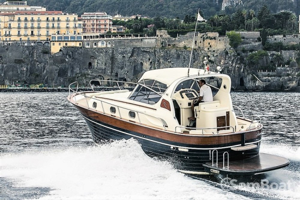 Alquiler de yate Sorrento - Apreamare Apreamare 38 diamond en SamBoat