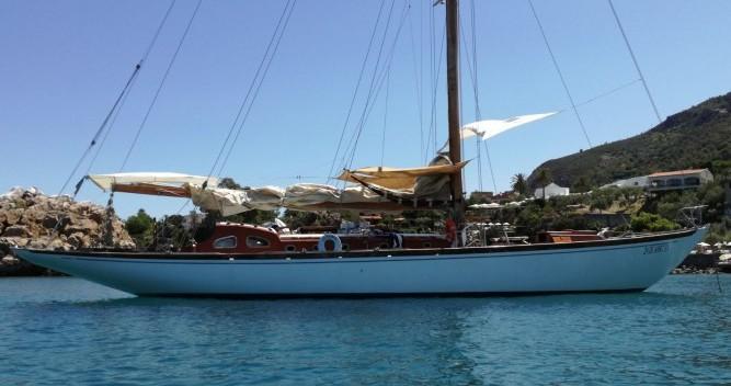Location bateau Cantieri-P-Jouet-Et-Cie Sloop 18 metri stazza internazionale à Palerme sur Samboat