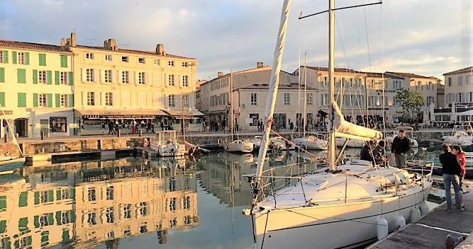 Rental Sailboat in La Rochelle - Jeanneau Sun Fast 32i