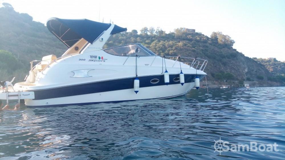 Rental Motor boat in Milazzo - Bavaria Bavaria 300