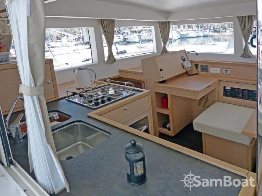 Alquiler de barcos Central Greece barato de Lagoon 39