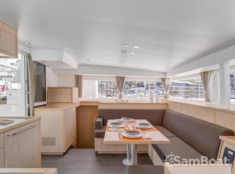 Louer Catamaran avec ou sans skipper Lagoon à Grèce-Centrale