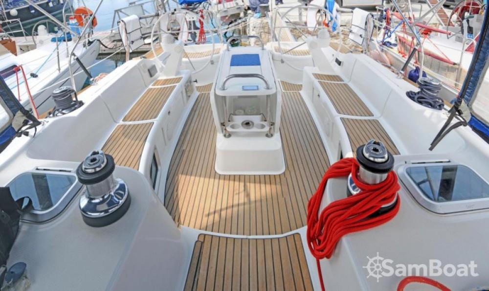 Alquiler de barcos Central Greece barato de Sun Odyssey 49