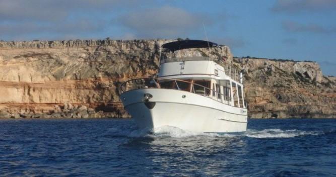 Location bateau Modern-Yacht Gemar 42s à Île d'Ibiza sur Samboat