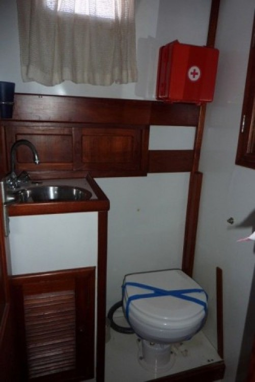 Modern-Yacht Gemar 42s entre particulares y profesional San Antonio Abad
