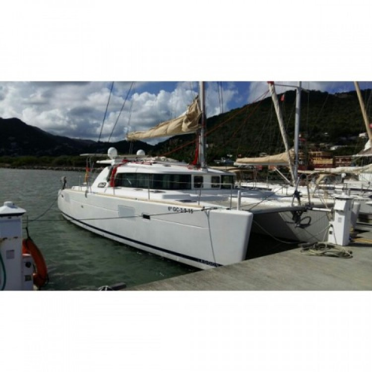 Hire Catamaran with or without skipper Lagoon Playa Blanca