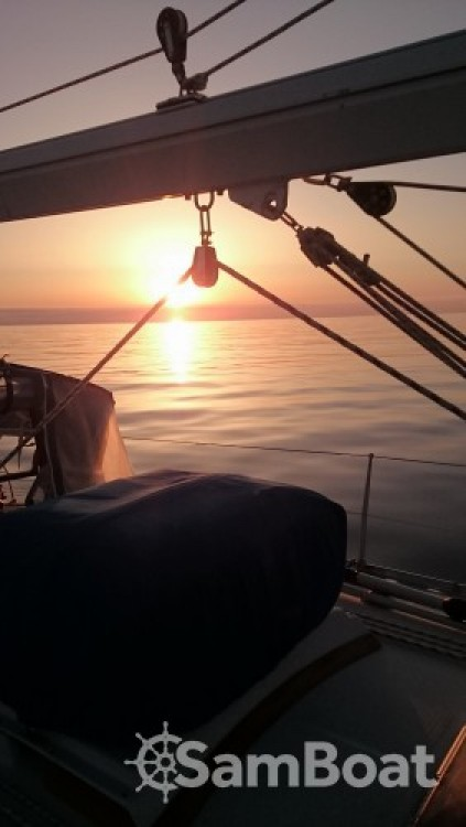 Sailboat for rent Chios at the best price