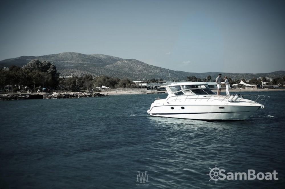 Alquiler de barcos Cranchi Smeraldo 37 enAtenas en Samboat