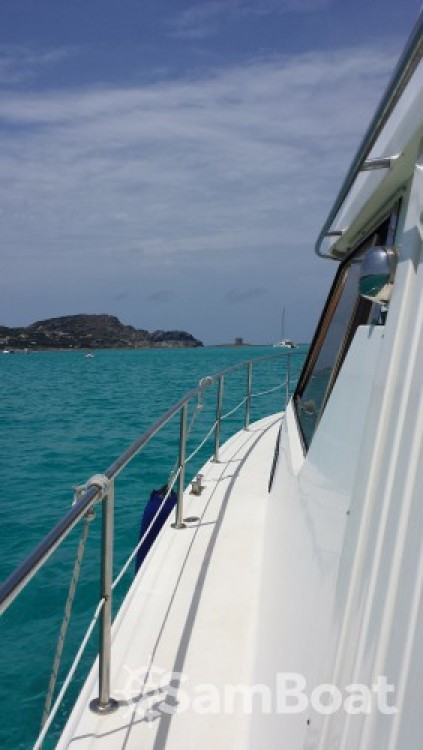 Boat rental Isthintini/Stintino cheap Absolute 43 Fly