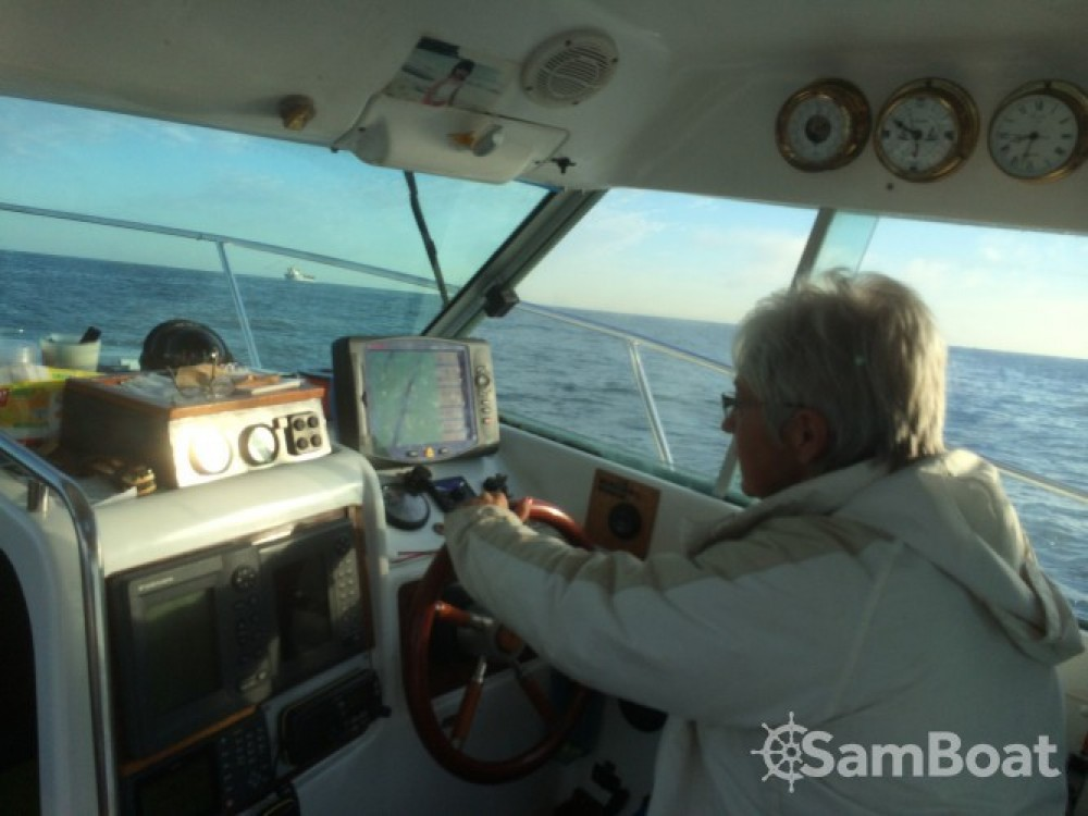 Boat rental Boulogne-sur-Mer cheap Merry Fisher 695