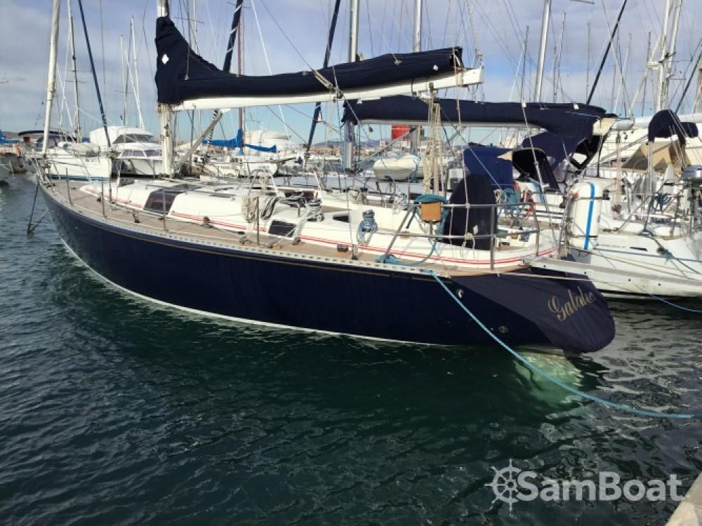 Alquiler de barcos Punta Ala barato de Genesi 43