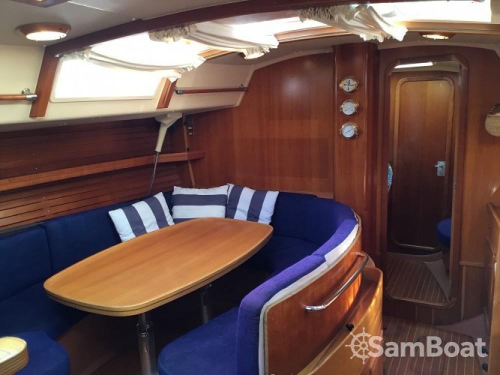 Alquiler de barcos Comar Genesi 43 enPunta Ala en Samboat