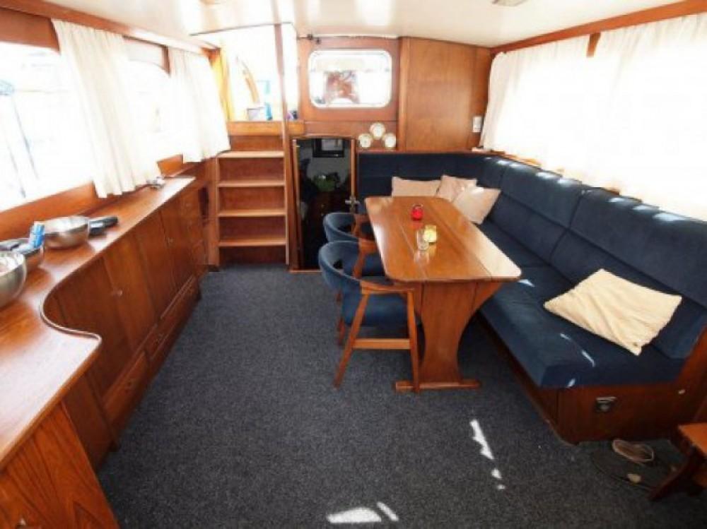 Boat rental Klaassen Super Van Craft in Paris on Samboat