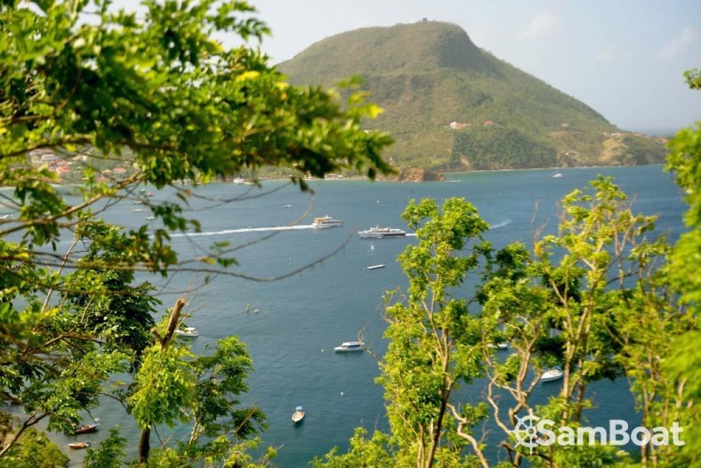 Alquiler de Catamarán, con o sin patrón Lagoon Basse-Terre