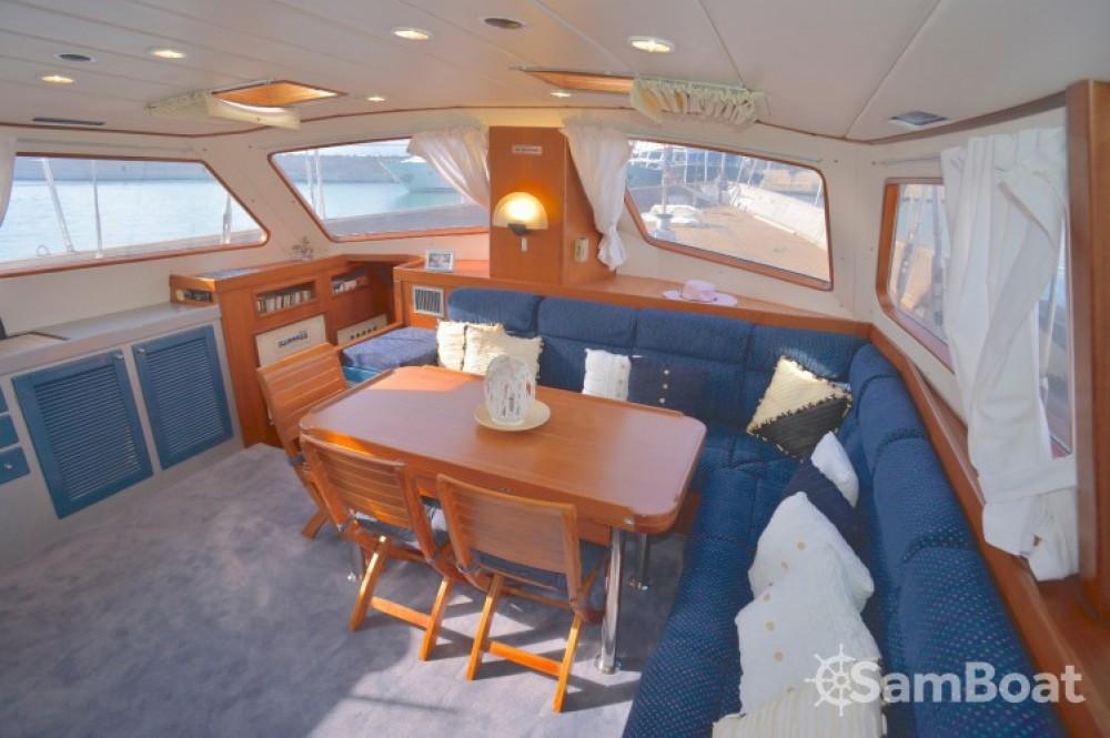 Rental Sailboat Bordogna-Pacifico with a permit