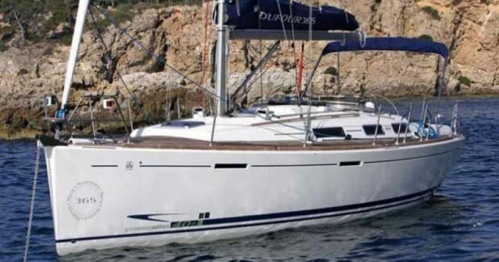 Boat rental Dufour Dufour 365 Grand Large in  on Samboat