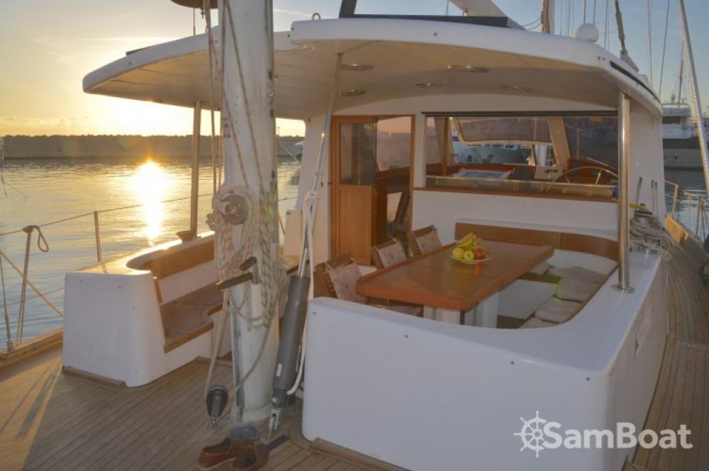 Rental yacht Sant Antoni de Calonge - Bordogna-Pacifico Bordogna Pacifico 77 on SamBoat