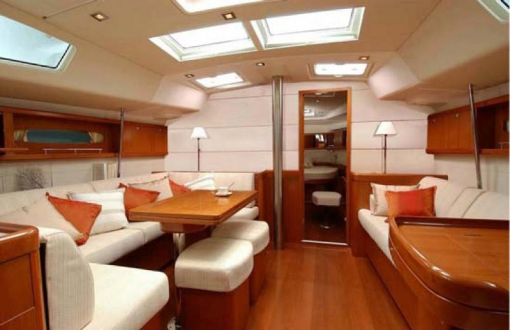 Boat rental Bénéteau Oceanis 50 Family in  on Samboat