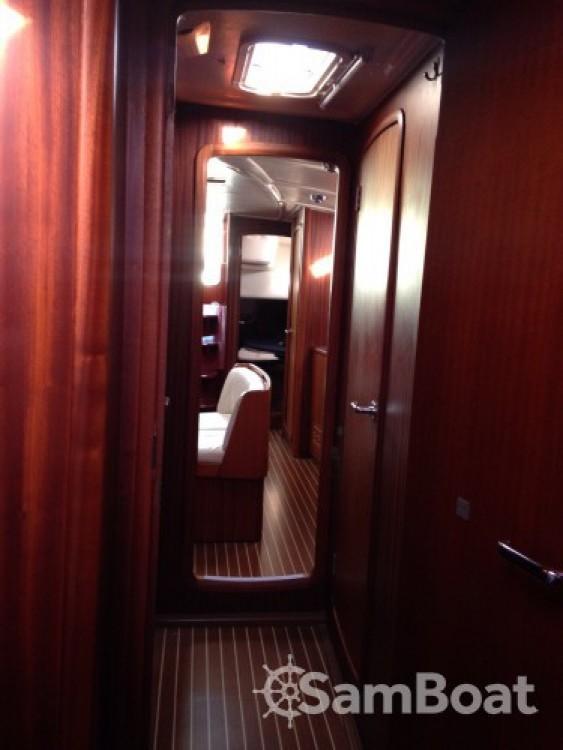 Alquiler de barcos Corfú barato de Bavaria 44