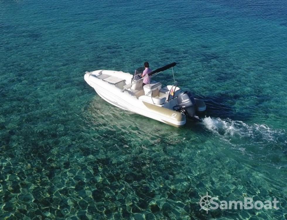 Alquiler de yate Marina Botafoch - Zodiac N-ZO 600 en SamBoat