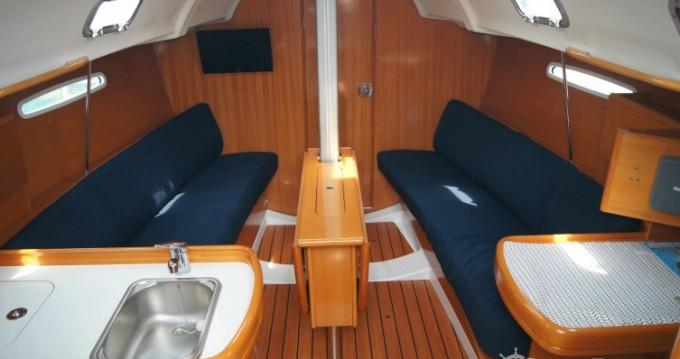 Location bateau La Trinité-sur-Mer pas cher First 31.7
