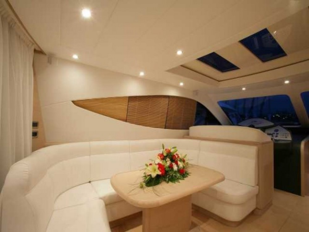 "Boat rental Gianetti 20.60 metres (67' 7"") in Cannes on Samboat"