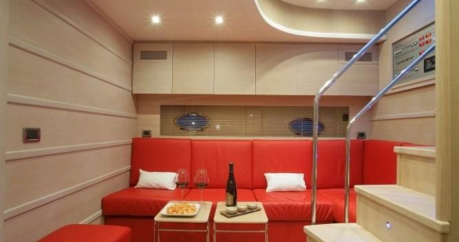 """Location bateau Cannes pas cher 20.60 metres (67' 7"""")"""
