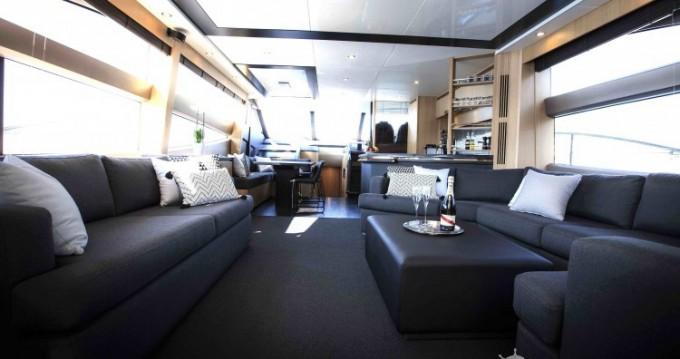 "Location bateau Princess 22.35 metres (73' 4"") à Antibes sur Samboat"