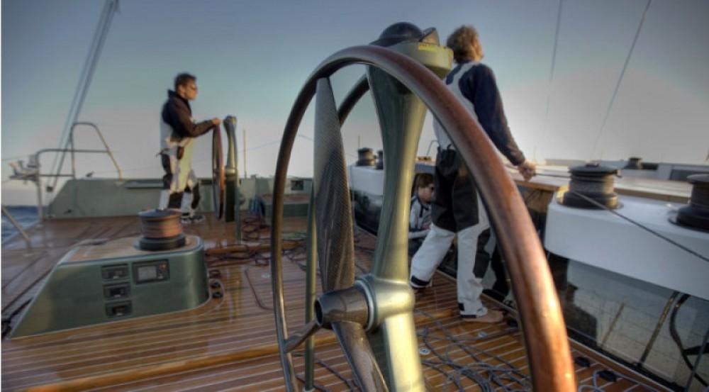 "Alquiler de barcos Maxi-Dolphin 22.40 metres (73' 6"") enAntibes en Samboat"