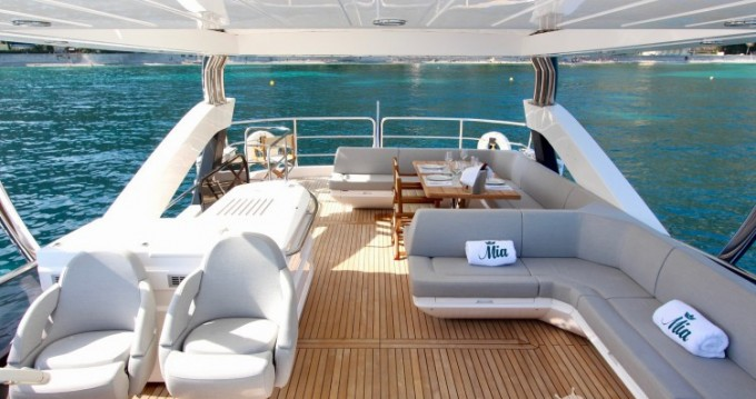 "Location bateau Sunseeker 23.02 metres (75' 6"") à Beaulieu-sur-Mer sur Samboat"
