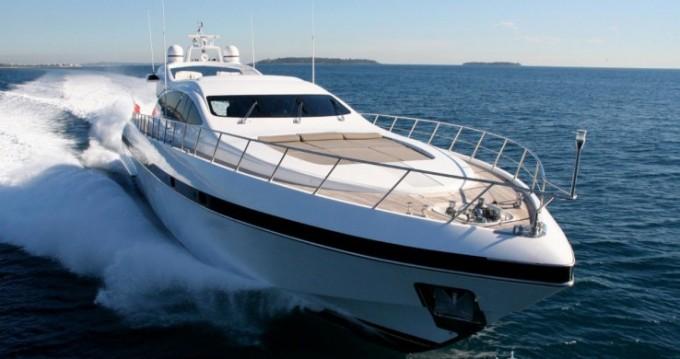 """Location bateau Mangusta 28.06 metres (92' 1"""") à Cannes sur Samboat"""