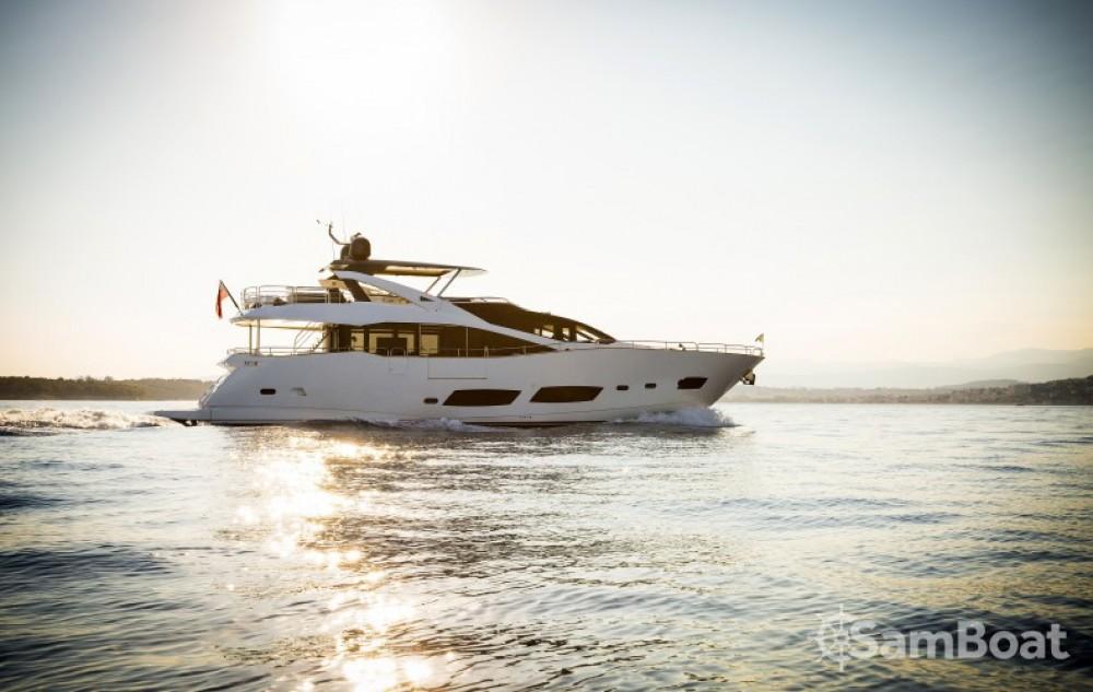 """Boat rental Sunseeker 28.15 metres (92' 4"""") in Saint-Tropez on Samboat"""